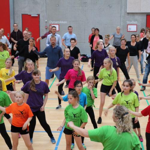 Kickstart af Sommerdanseskole Show
